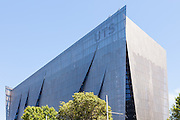 The University of Technology, Faculty of Engineering & Information Technology, Sydney, Australia.