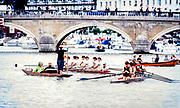 Henley. England, 1989 Henley Royal Regatta, River Thames, Henley Reach,  [© Peter Spurrier/Intersport Images],  Rowing Shells , Punts,  navigate  their  approach to Henley Bridge,