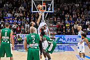 DESCRIZIONE : Campionato 2014/15 Dinamo Banco di Sardegna Sassari - Sidigas Scandone Avellino<br /> GIOCATORE : Manuel Mazzoni<br /> CATEGORIA : Palla a due<br /> SQUADRA : AIAP<br /> EVENTO : LegaBasket Serie A Beko 2014/2015<br /> GARA : Dinamo Banco di Sardegna Sassari - Sidigas Scandone Avellino<br /> DATA : 24/11/2014<br /> SPORT : Pallacanestro <br /> AUTORE : Agenzia Ciamillo-Castoria / Luigi Canu<br /> Galleria : LegaBasket Serie A Beko 2014/2015<br /> Fotonotizia : Campionato 2014/15 Dinamo Banco di Sardegna Sassari - Sidigas Scandone Avellino<br /> Predefinita :