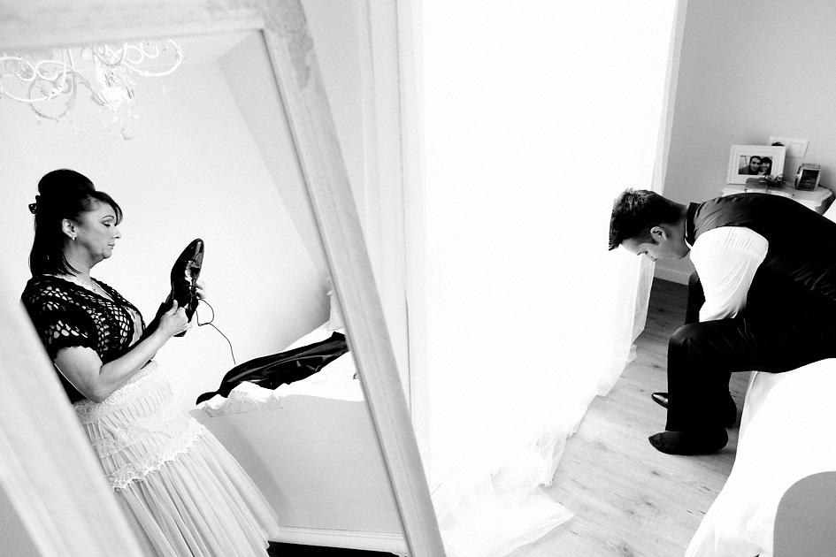 15 de maig de 2010. Enllaç de Anna i kenneth a l'esglèsia de Llagostera. Fotografies a S'Agaró i celebració al restaurant la Torre dels Til·lers a les Preses. .Fotografies de Toni Vilches Fotografia..