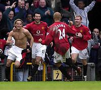 Fotball - Premier League - 18.01.2003<br /> Manchester United v Chelsea<br /> Manchester United jubler for Diego Forlan sitt vinnermål<br /> Foto: Richard Lane, Digitalsport