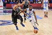 DESCRIZIONE : Campionato 2014/15 Dinamo Banco di Sardegna Sassari - Dolomiti Energia Aquila Trento Playoff Quarti di Finale Gara4<br /> GIOCATORE : Shane Lawal<br /> CATEGORIA : Palleggio Contropiede<br /> SQUADRA : Dinamo Banco di Sardegna Sassari<br /> EVENTO : LegaBasket Serie A Beko 2014/2015 Playoff Quarti di Finale Gara4<br /> GARA : Dinamo Banco di Sardegna Sassari - Dolomiti Energia Aquila Trento Gara4<br /> DATA : 24/05/2015<br /> SPORT : Pallacanestro <br /> AUTORE : Agenzia Ciamillo-Castoria/L.Canu