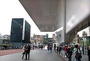 Nederland, Amsterdam, 16-11-2013, Museumplein, Amsterdam-Zuid. Aan het plein liggen de culturele instellingen het Rijksmuseum, het Stedelijk Museum, het Van Gogh en het Concertgebouw