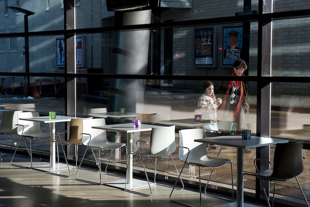 Nederland, Enschede, 3 feb 2010..Nationaal Muziekkwartier en stadsschouwburg van Enschede...Foto (c) Michiel Wijnbergh..