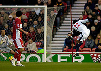 Photo: Jed Wee.<br /> Middlesbrough v West Bromwich Albion. The Barclays Premiership. 27/11/2005.<br /> <br /> West Brom's Nathan Ellington fires in their equaliser.