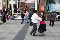 Chine, Shanghai, rue de Nankin (Nanjing road) / China, Shanghai, Nanjing road.