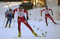 20011202: Kristian Horntvedt fra Stokke IL vant søndagens utslagsrenn for menn jr under Gålåsprinten på Dombås. Her er han på vei mot mål i finalen. (Foto: Andreas Fadum, Digitalsport)