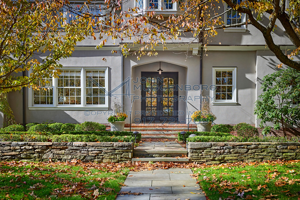 A home renovation in New Haven, CT. Designed by Pirie Associates and photographed by John Muggenborg.<br /> <br /> http://www.johnmuggenborg.com
