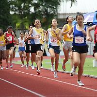 B Division Girls 800m