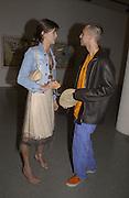 Lisa B and Dan Macmillan. Francesco Clemente. Gagosian Gallery. 25 June 2002. © Copyright Photograph by Dafydd Jones 66 Stockwell Park Rd. London SW9 0DA Tel 020 7733 0108 www.dafjones.com