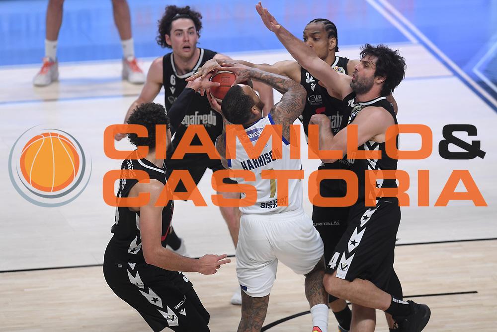 Teodosic Milo , Harrison D'Angelo<br /> Segafredo Virtus Bologna - Happy Casa Brindisi<br /> Semifinali - Gara 3<br /> Legabasket Serie A UnipolSAI 2020/2021<br /> Bologna, 02/06/2021<br /> Foto GiulioCiamillo / Ciamillo-Castoria