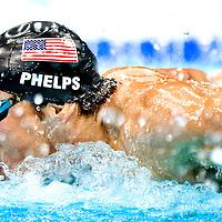 Engeland, Londen, 31-07-2012.<br /> Olympische Spelen.<br /> Zwemmen, mannen, 200 meter vlinderslag.<br /> Michael Phelps die 2e zal worden na de zuid-afrikaan Le Clos.<br /> Foto : Klaas Jan van der Weij