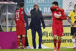 (L-R) coach Gertjan Verbeek of FC Twente, Danny Holla of FC Twente, Christian Cuevas of FC Twente during the Dutch Eredivisie match between NAC Breda and FC Twente Enschede at the Rat Verlegh stadium on December 12, 2017 in Breda, The Netherlands