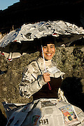 A very original 17th century dress was made of old newspaper pages. This carnival gathers people from all ages and social backgrounds without distinction, and is possible to see grandparents dancing with their grandsons. The ?Danca dos Cus? lasts till dusk on Monday and Tuesday. Most of the suits are homemade and despite some of the quite inventive, usually are low budget and handmade.