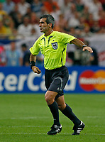 Photo: Glyn Thomas.<br />England v Portugal. Quarter Finals, FIFA World Cup 2006. 01/07/2006.<br /> Referee Horacio Elizondo from Argentina.