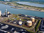 Nederland, Zuid-Holland, Rotterdam, 14-09-2019; Eerste Maasvlakte (MV2), met aan de Mississippihaven de LNG-installatie van de Gasunie (de zgn.Peakshaver). Second Maasvlakte (MV2), with the Gasunie LNG installation at the Mississippi harbor (the so-called Peakshaver).<br /> luchtfoto (toeslag op standard tarieven);<br /> aerial photo (additional fee required);<br /> copyright foto/photo Siebe Swart