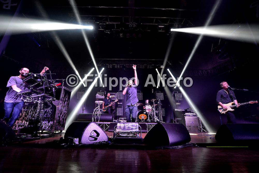 © Filippo Alfero<br /> Reply Xmas 12 Milano<br /> Milano, 20/12/2012<br /> Nella foto: i Subsonica in concerto