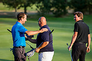 01-09-2016 Golffoto's van het Nationaal Open op de Hilversumsche Golf Club in Hilversum. Finale.  Ralph Miller krijgt felicitaties van Robin Swane