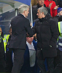 26.01.2014, Stamford Bridge, London, ENG, FA Cup, FC Chelsea vs Stoke City, 4. Runde, im Bild Chelsea's manager Jose Mourinho shakes hands with Stoke City's manager Mark Hughes after the 1-0 victory // during the English FA Cup 4th round match between Chelsea FC and Stoke City FC at the Stamford Bridge in London, Great Britain on 2014/01/26. EXPA Pictures © 2014, PhotoCredit: EXPA/ Propagandaphoto/ David Rawcliffe<br /> <br /> *****ATTENTION - OUT of ENG, GBR*****