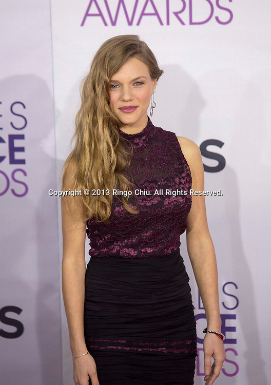 Tracy Spiridakos arrives at the 39th Annual People's Choice Awards at Nokia Theatre L.A. Live on Wednesday January 9, 2013 in Los Angeles, California, United States. (Photo by Ringo Chiu/PHOTOFORMULA.com)