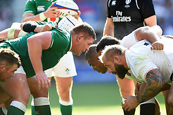 Tadhg Furlong of Ireland prepares to scrummage against his opposite number Joe Marler of England - Mandatory byline: Patrick Khachfe/JMP - 07966 386802 - 24/08/2019 - RUGBY UNION - Twickenham Stadium - London, England - England v Ireland - Quilter International
