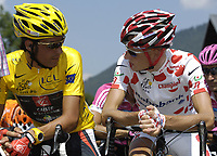 Sykkel<br /> Tour de France 2006<br /> Foto: Dppi/Digitalsport<br /> NORWAY ONLY<br /> <br /> CYCLING - UCI PRO TOUR - TOUR DE FRANCE 2006 - 21/07/2006 <br />                           <br /> STAGE 18 - MORZINE > M†CON - OSCAR PEREIRO SIO (ESP) / CAISSE D'EPARGNE / LEADER - MICHAEL RASMUSSEN (DEN) / RABOBANK