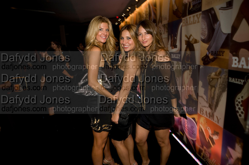 INGE THERON; DAYA FERNANDEZ; VENISE LOPEZ, Vanity fair and Bally's 'Hollywood Domino' party to benefit The Art of Elysium at the Andaz Hotel, Sunset Boulevard. West Hollywood. 20 February 2009 *** Local Caption *** -DO NOT ARCHIVE-© Copyright Photograph by Dafydd Jones. 248 Clapham Rd. London SW9 0PZ. Tel 0207 820 0771. www.dafjones.com.<br /> INGE THERON; DAYA FERNANDEZ; VENISE LOPEZ, Vanity fair and Bally's 'Hollywood Domino' party to benefit The Art of Elysium at the Andaz Hotel, Sunset Boulevard. West Hollywood. 20 February 2009