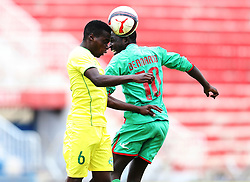 Geoffrey Lemu (L) of Kariobangi Sharks in aerial tackle against Benard Odhiambo of Zoo FC during their Sportpesa Premier League tie at Nyayo Stadium in Nairobi on July 30, 2017. They drew 1-1. Photo/Fredrick Omondi/www.pic-centre.com(KENYA)
