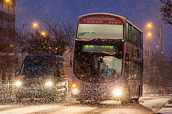 © Licensed to London News Pictures. 14/01/2021. Leeds UK. Drivers face difficult conditions this morning in Leeds after heavy snowfall in Yorkshire. Photo credit: Andrew McCaren/LNP