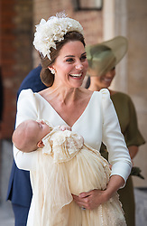 July 9, 2018 - London, London, United Kingdom - Image licensed to i-Images Picture Agency. 09/07/2018. London, United Kingdom. The Duchess of Cambridge carries Prince Louis as they arrive for his christening service at the Chapel Royal, St James's Palace in London. (Credit Image: © Pool/i-Images via ZUMA Press)