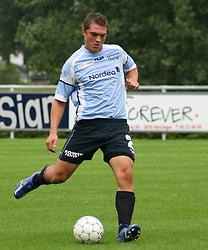 FODBOLD: Jacob Wedell (Helsingør) under kampen i Kvalifikationsrækken, pulje 1, mellem Elite 3000 Helsingør og Jægersborg Boldklub den 27. august 2006 på Helsingør Stadion. Foto: Claus Birch
