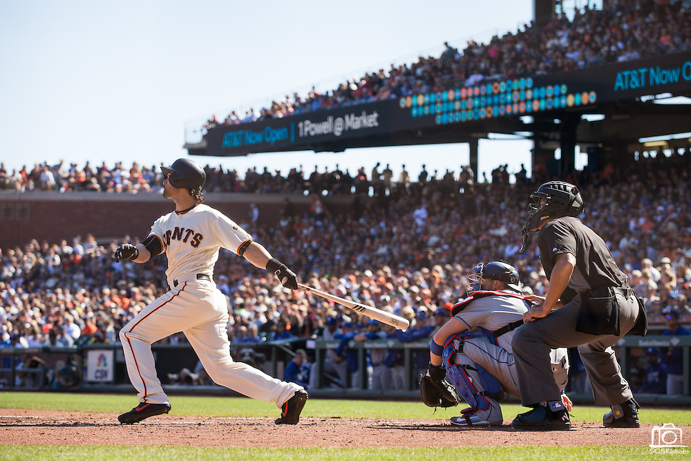 San Francisco Giants left fielder Angel Pagan (16) hits a home run against the Los Angeles Dodgers at AT&T Park in San Francisco, Calif., on October 1, 2016. (Stan Olszewski/Special to S.F. Examiner)
