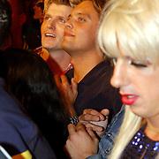NLD/Amsterdam/20050806 - Gaypride 2005, optreden Vanessa, hans Klok en vriend Frank Gutteling