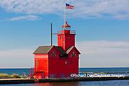64795-03205 Holland Lighthouse (Big Red) on Lake Michigan Holland, MI