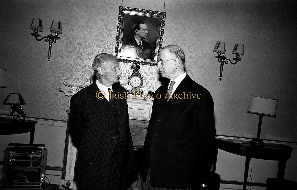 Field Marshal Viscount Bernard Montgomery chats with President de Valera at Aras an Uachtarain, under a portrait of Patrick Pearse. During WW II he was Commander of the 8th Army, before being given responsibility for planning the D-Day landings in Normandy. In the Irish War of Independence, Montgomery was in charge of the British 17th Infantry Brigade, stationed in Co Cork. .22.09.1967