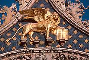 ITALY, VENICE, LANDMARKS Basilica San Marco, St. Mark's lion