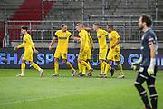 Fussball: 2. Bundesliga, FC St. Pauli - VFL Osnabrück, Hamburg, 27.11.2020<br /> Jubel Osnabürck nach dem Treffer zum 0:1<br /> © Torsten Helmke