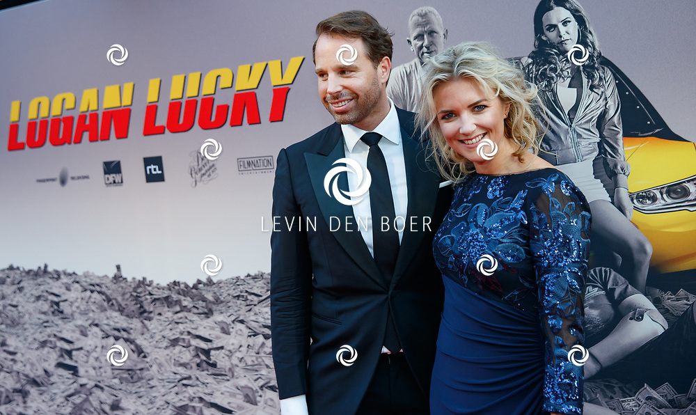 AMSTERDAM - In Theater Tuschinski is de première van Logan Lucky. Met hier op de foto Laurien Verstraten. FOTO LEVIN & PAULA PHOTOGRAPHY VOF