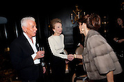 LEE RADZIWILL; NICKY HASLAM ,, Nicky Haslam with pianist Paul Guinery performing songs by Cole Porter, Irving Berlin, Rogers and Hammerstein  and others at th BEAUFORT BAR? SAVOY- 8.P.M.