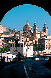 MALTA VALETTA JUL00 - View through an archway on the port of Marsa.....jre/Photo by Jiri Rezac....© Jiri Rezac 2000....Tel:   +44 (0) 7050 110 417..Email: info@jirirezac.com..Web:   www.jirirezac.com