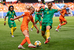 15-06-2019 FRA: Netherlands - Cameroon, Valenciennes<br /> FIFA Women's World Cup France group E match between Netherlands and Cameroon at Stade du Hainaut / Jackie Groenen #14 of the Netherlands, Estelle Johnson #6 of Cameroon
