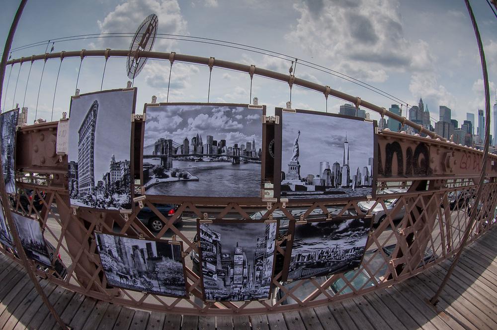 Artwork on the Brooklyn Bridge, New York, US