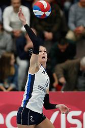 20180425 NED: Eredivisie Sliedrecht Sport - Coolen Alterno, Sliedrecht <br />(L-R) Carlijn Oosterlaken (9) of Sliedrecht Sport<br />©2018-FotoHoogendoorn.nl / Pim Waslander