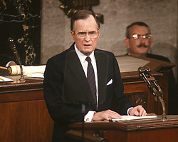 United States President George H.W. Bush delivers his first State of the Union Address to a Joint Session of Congress in the U.S. Capitol in Washington, D.C. on February 9, 1989.<br /> Credit: Arnie Sachs / CNP /ABACAPRESS.COM