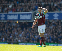 Burnley's Sam Vokes appears dejected after an attack breaks down<br /> <br /> Photographer Stephen White/CameraSport<br /> <br /> Football - Barclays Premiership - Everton v Burnley - Saturday 18th April 2015 - Goodison Park - Everton<br /> <br /> © CameraSport - 43 Linden Ave. Countesthorpe. Leicester. England. LE8 5PG - Tel: +44 (0) 116 277 4147 - admin@camerasport.com - www.camerasport.com
