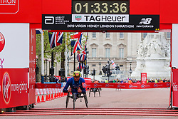 © Licensed to London News Pictures. 28/04/2019. London, UK. American Daniel Romanchuk wins the men's wheelchair race at the men's wheelchair race at the London Marathon 2019. Photo credit: Dinendra Haria/LNP