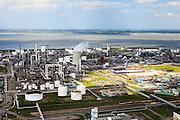 Nederland, Zeeland, Terneuzen, 09-05-2013; Zeeuws-Vlaanderen, Terneuzen. Nederland, Zeeland, Terneuzen, 09-05-2013; Zeeuws-Vlaanderen, Terneuzen. Zicht op de Westerschelde met aan de andere oever Zuid-Beveland. <br /> Site van de chemische fabriek van Dow (Dow Chemical Company) aan de Westerschelde. De kraakinstallaties maken o.a. benzeen, ethyleen en propyleen (basischemicalien voor halffabrikaten voor verschillende kunststoffen).<br /> Zeeuws-Vlaanderen,  the south-west part of the province of Zeeland site of the chemical plant of Dow Chemical Company. This plant produces benzene, ethylene and propylene, the basis for various plastics. View on the Westerschelde.<br /> luchtfoto (toeslag op standard tarieven);<br /> aerial photo (additional fee required);<br /> copyright foto/photo Siebe Swart.