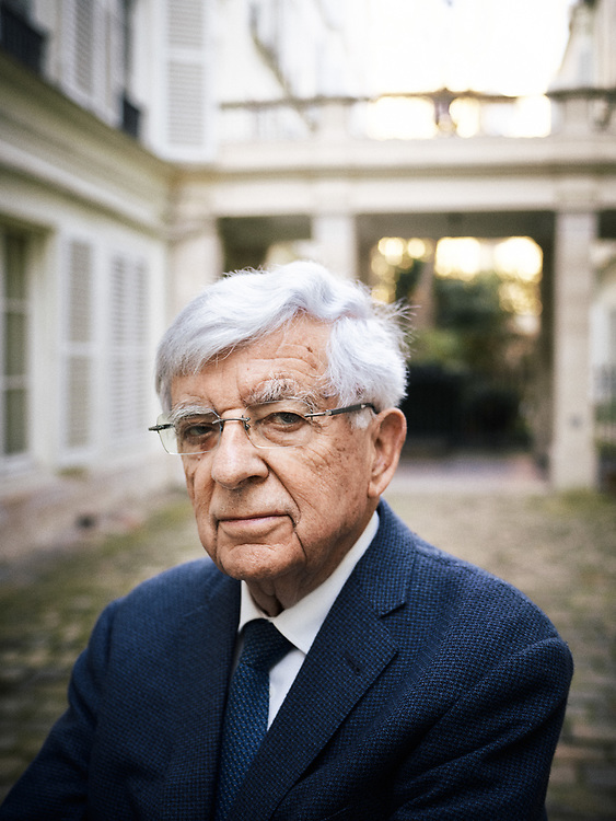 Jean-Pierre Chevenement, a French politician, posing in a courtyard. Paris, France. February 15, 2019.<br /> Jean-Pierre Chevenement, homme politique francais, posant dans une cour. Paris, France. 15 fevrier 2019.