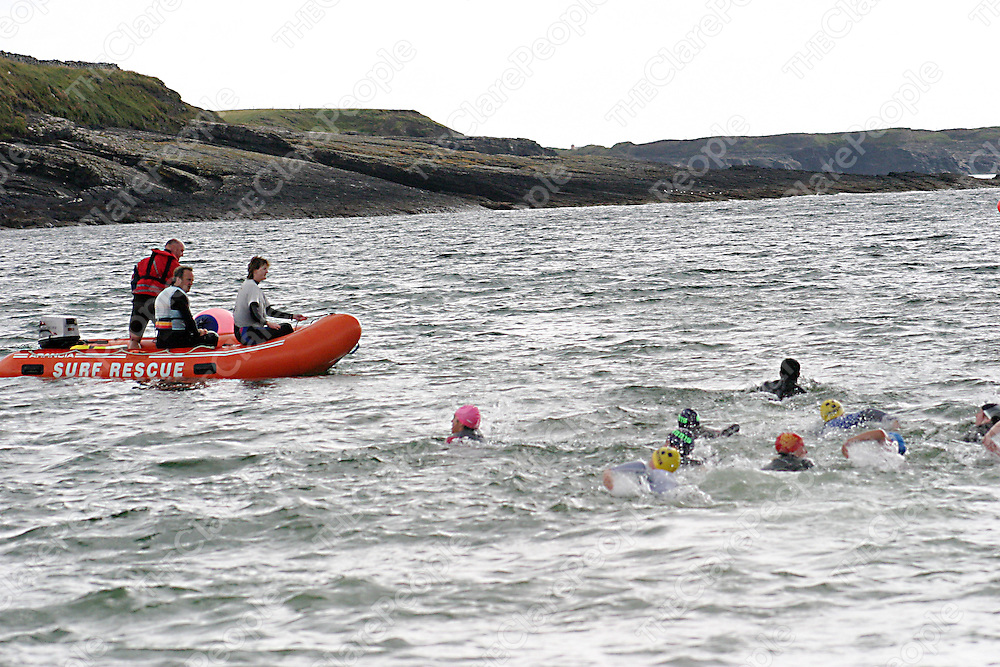 Up coming lifeguards get examined at the White Strand water safety course in Miltown Malbay durng the week.<br /><br /><br /><br />Photograph by Yvonne Vaughan.