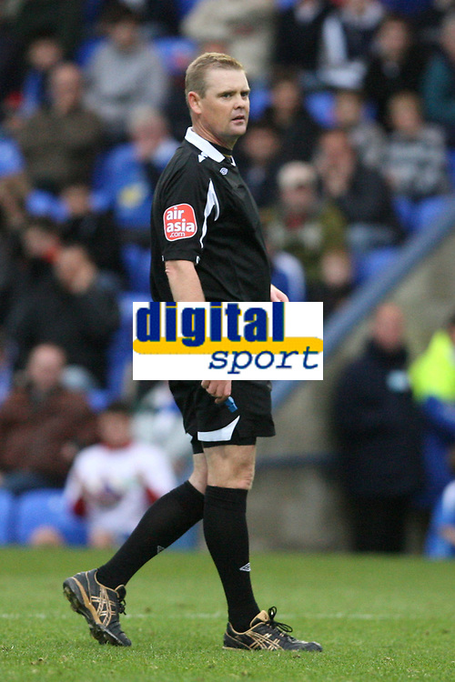 Photo: Pete Lorence.<br />Peterborough United v Hereford United. Coca Cola League 2. 27/10/2007.<br />Referee, Mr A R Hall.